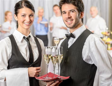 lavoro cameriere torino lavoro banconista a torino thegastrojob