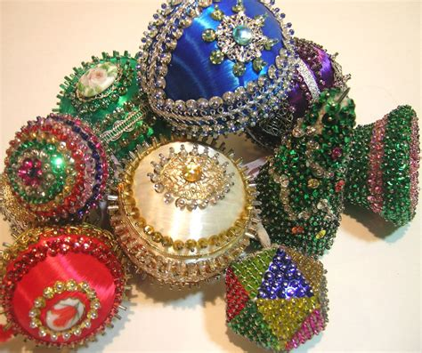 old sequin ornaments by q is for quilter beaded