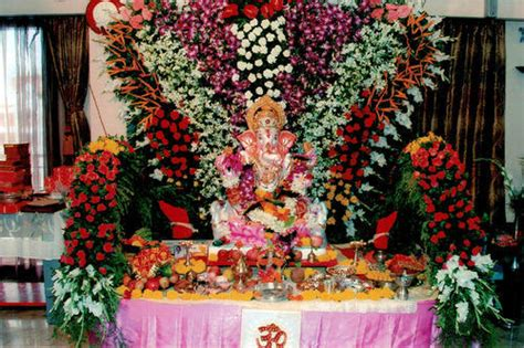 ganpati mandap decoration with flowers www pixshark