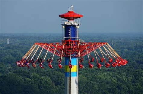 cedar point swing ride windseeker at cedar point amusement park rides pinterest