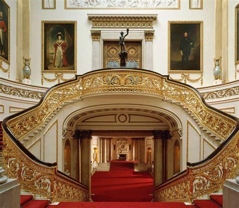 palace interiors fashiondella buckingham palace to stage catwalk show