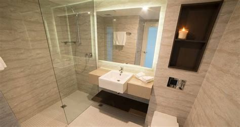bathrooms wollongong novotel wollongong northbeach unveils refurbishment spice news special events