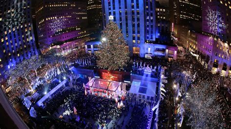tree lighting rockefeller center increased security at 2015 rockefeller center tree lighting