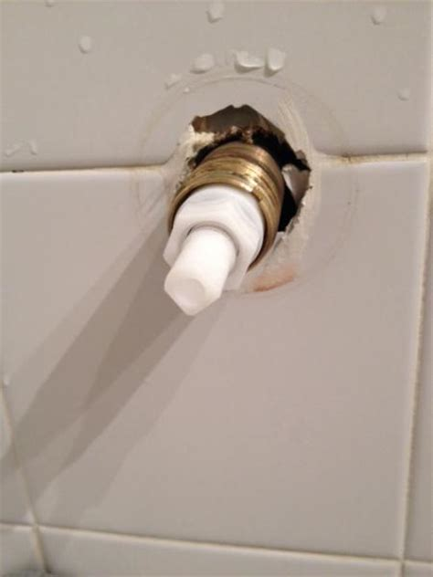 Help Me Find A Bathtub That Is Cheap Help Me Find Replacement Shower Tub Knobs