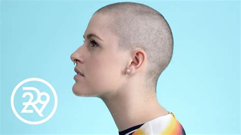 do women have to shave their neck with a short haircuts no hair don t care women talk about shaving their heads