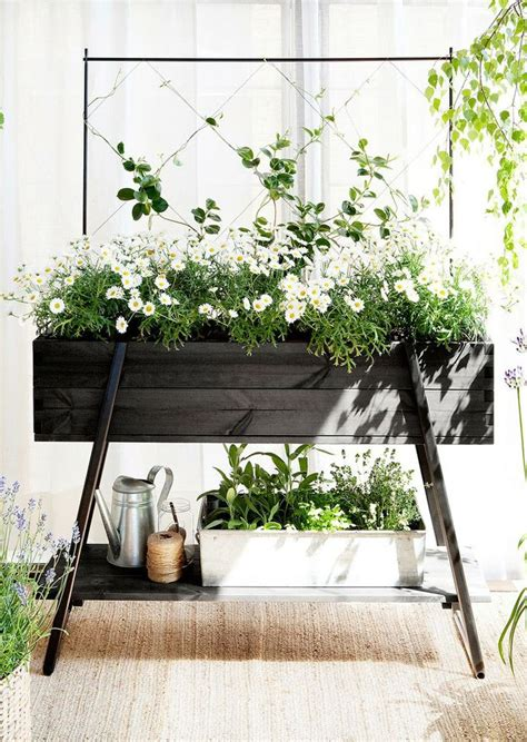 raised planter box idea flowers make me smile
