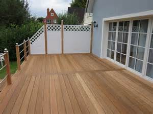 terrasse aus holz terrassen und terrassendielen aus holz und wpc und kiel