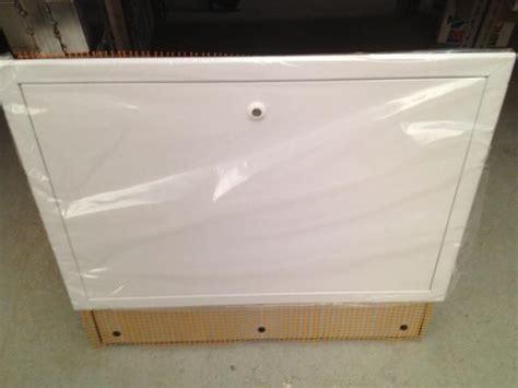 cassetta per collettori idraulici cassetta per collettori riscaldamento a pavimento impianto