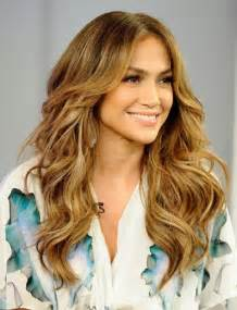 hairstyles slightly wavy hair jennifer lopez long hairstyles center parted wavy hair