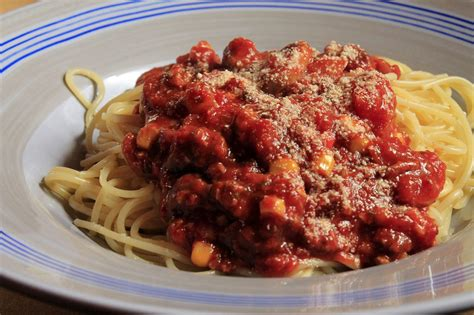 how to make spaghetti bolognese stepsnstages com