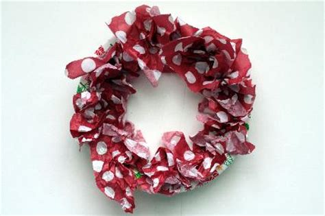 How To Make A Tissue Paper Wreath - tissue paper wreath wreaths how to make a paper wreath
