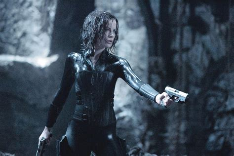 underworld film hot underworld evolution kate beckinsale as selene photo