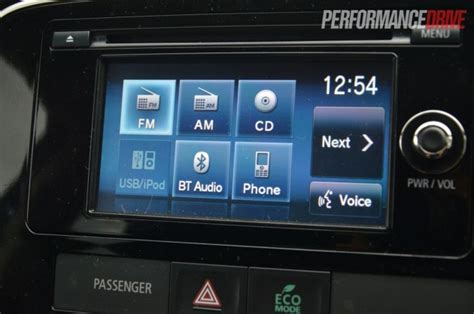 2013 mitsubishi outlander ls touch screen