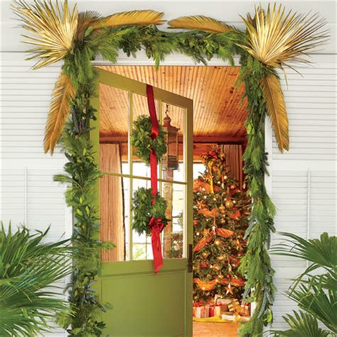 christmas tree decorating guide holiday decorating guide southern living
