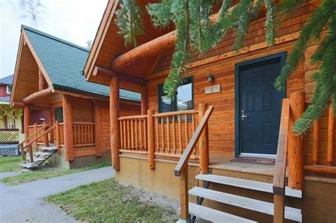 Cabins In Banff by Cabin Picture Of Hi Banff Alpine Centre Banff