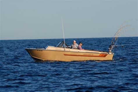 boats like starcraft islander check out this vintage starcraft islander still in service