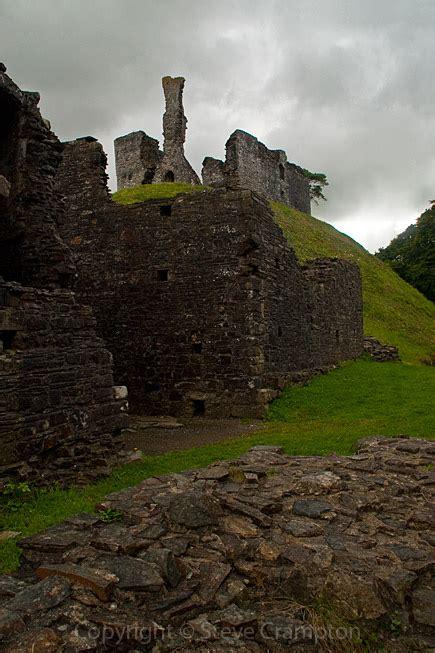 okehampton castle devon photography  steve crampton
