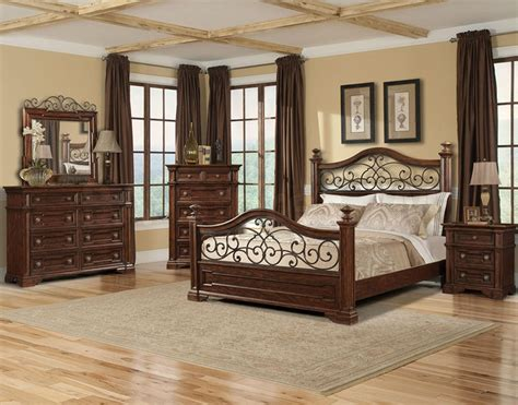 traditional cherry bedroom furniture san marcos bedroom set in cherry traditional bedroom