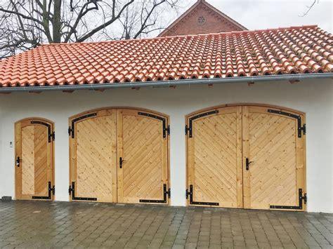 garagen nebent r garagentore aus holz garagentore aus holz garagentore aus
