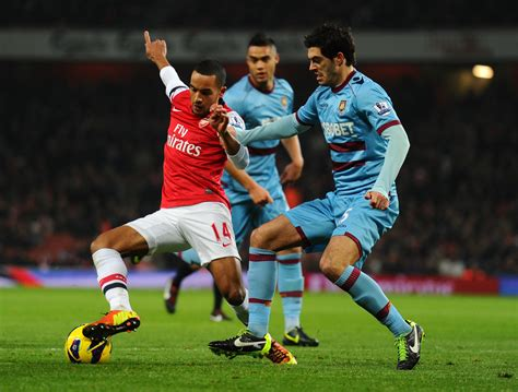 arsenal west ham theo walcott photos photos arsenal v west ham united