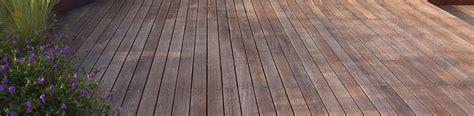 piastrelle per terrazze pavimenti esterni pavimenti giardino pavimentazione