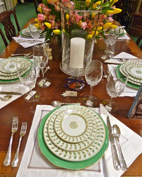 Dining Room Table Setting Dishes Dining Room On Charger Plates Dinnerware And Table Settings