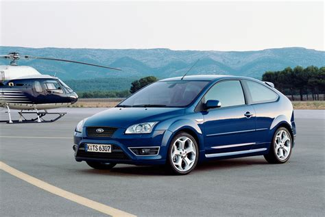 Ford Focus by Ford Focus St Review 2006 2010 Parkers