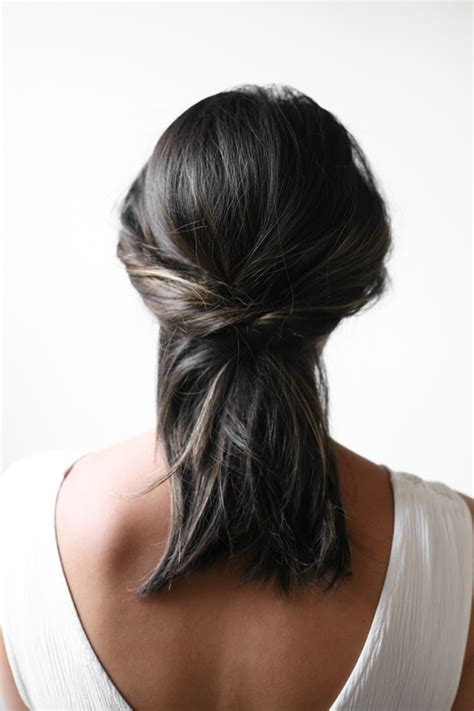 diy hairstyles in 5 minutes 5 minute diy half up hairstyle to make styleoholic