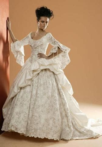 Renaissance Style Wedding Dresses by Aturbest Special Events Renaissance Wedding Gowns