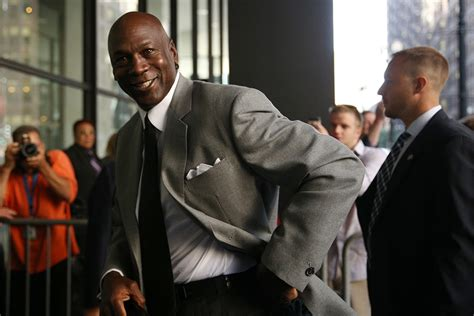 jordan sues grocery chains over ads upi com shame on michael jordan for suing small grocery the