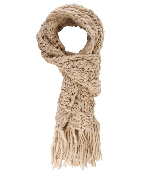 how to make fringe on a knitted scarf knitted scarf w fringe detox knitting crocheting