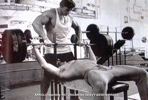 sumo wrestler bench press ric drasin bodybuilder and wrestler