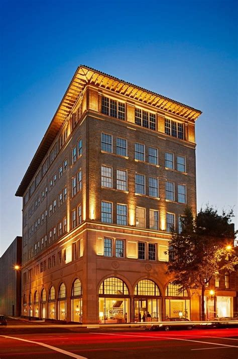 hotels with in room in richmond va book quirk hotel richmond hotel deals