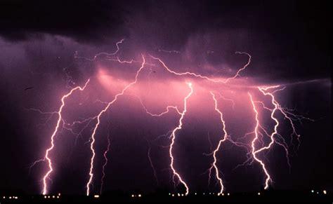 the lighting positive lightning strikes intensify as cosmic rays