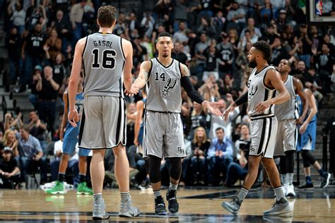 San Antonio Records San Antonio Spurs Clinch Nba Record 20th Consecutive Postseason Berth Bleacher Report