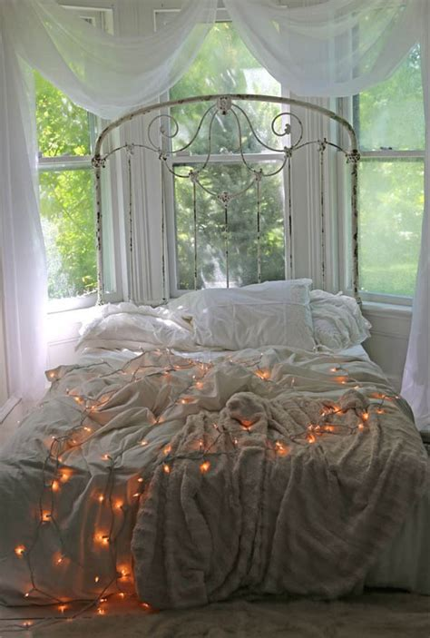 30 Christmas Bedroom Decorations Ideas Wooden Simple Sofa Chair