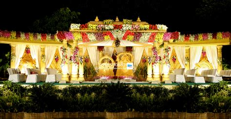 Wedding Flower Decorators by Wedding Stage Flower And Reception Stage Decorations In