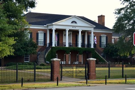alabama frat houses the gallery for gt alabama university fraternities