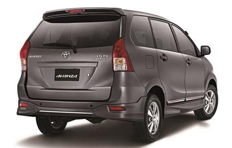 Tv Lcd Mobil Avanza toyota avanza luxury 1 5l rear indian autos