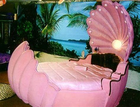 shell bed pink mermaid shell bed mermaid closet pinterest instagram the girl who and girls