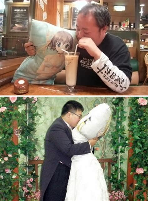 Korean Marries Pillow by Photos 28 Year Japanese Marries A Pillow