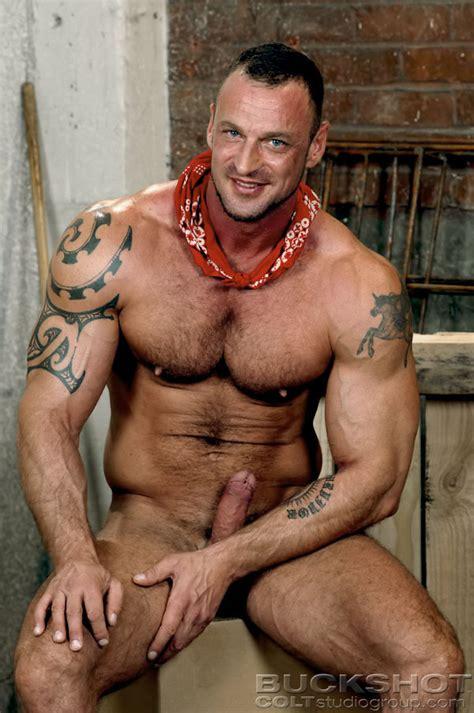 Hank dutch Naked