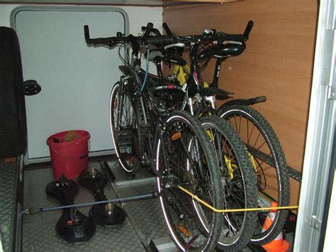 E Bike Garage by Fahrr 228 Der In Der Garage Oder Auf Den Tr 228 Ger Wohnmobil