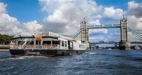 thames river cruise with meal bateaux london river thames lunch dinner cruises