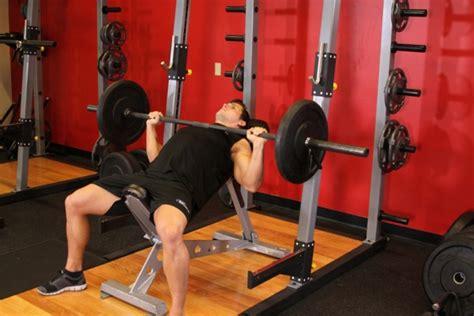 what can the average male bench press ベンチプレスの平均とは 100kgを上げるためにも知っておこう 大胸筋の筋トレ 筋トレぴろっきー 筋肉や