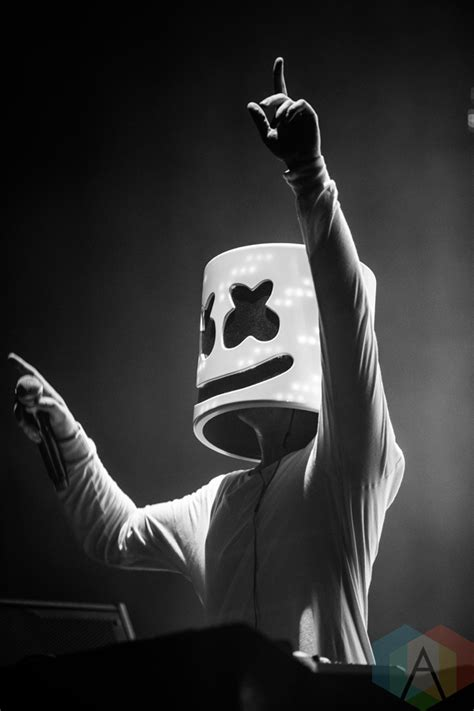 marshmello neon wallpaper marshmello performing at the mad decent block party at