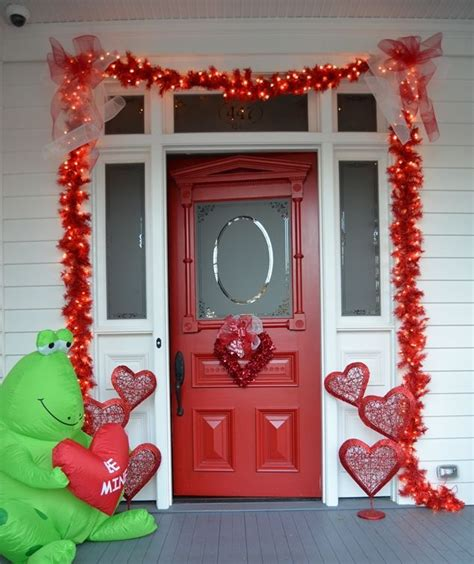 valentine decorating ideas 25 creative outdoor valentine d 233 cor ideas digsdigs