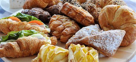 Pelembut Kue Halal dapur halal titik kritis kehalalan bahan pembuat produk