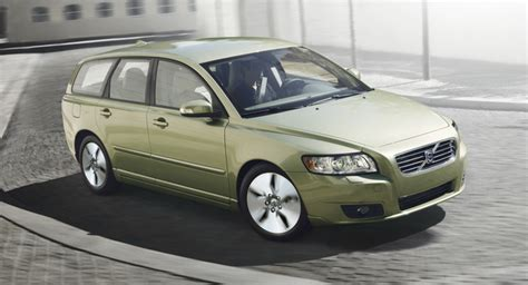 how cars work for dummies 2011 volvo v50 interior lighting volvo takes pride in reducing its co2 emissions the most among european manufacturers