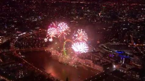 new year 2015 live new year s 2015 live fireworks and pictures from
